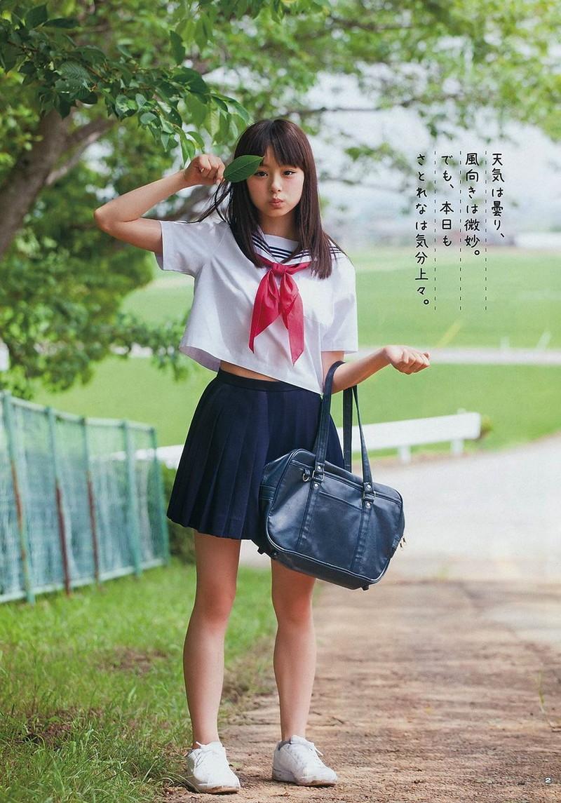 【佐藤麗奈グラビア画像】童顔系アイドルが披露する健康的でエッチなビキニ&下着姿 43