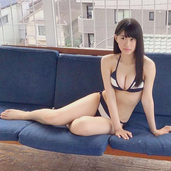 【上西怜グラビア画像】姉もかつてNMB48に所属していた5期生メンバーの現役アイドル 63