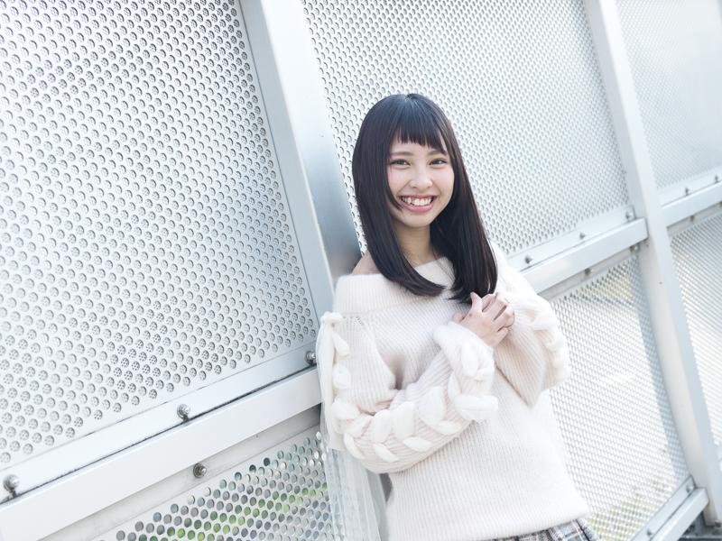 【沖口優奈エロ画像】アイドルグループでリーダーやってる谷間がエロい女の子 07