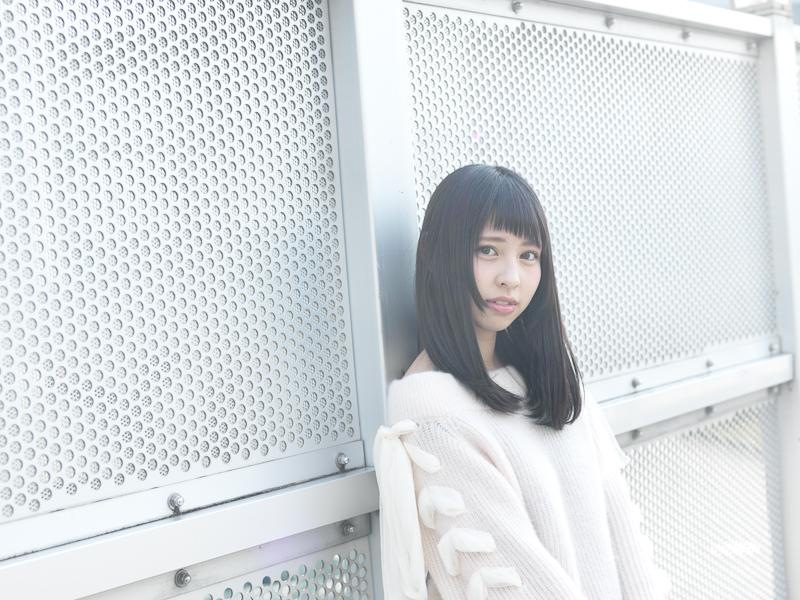【沖口優奈エロ画像】アイドルグループでリーダーやってる谷間がエロい女の子 08