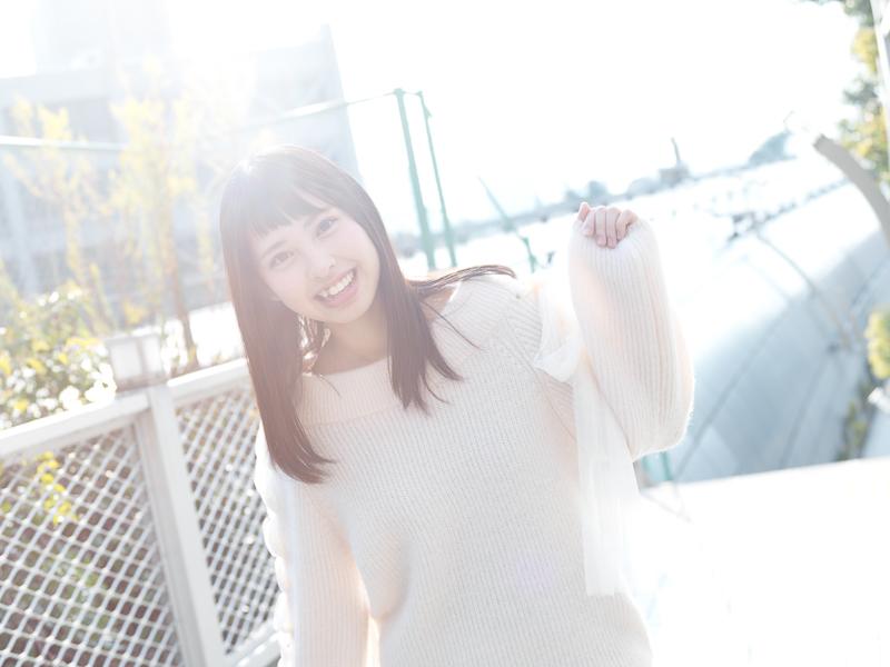 【沖口優奈エロ画像】アイドルグループでリーダーやってる谷間がエロい女の子 15