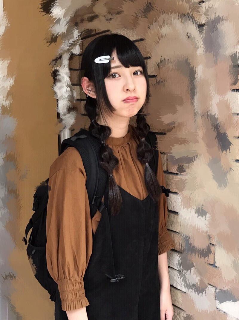 【沖口優奈エロ画像】アイドルグループでリーダーやってる谷間がエロい女の子 23
