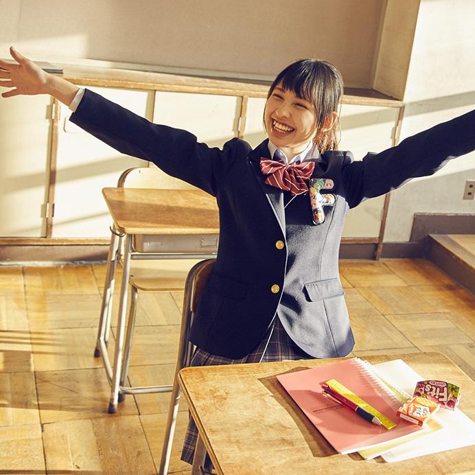 【沖口優奈エロ画像】アイドルグループでリーダーやってる谷間がエロい女の子 40