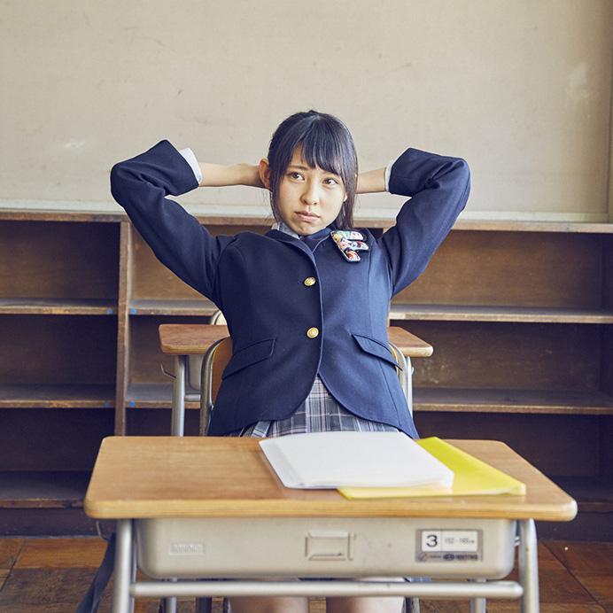 【沖口優奈エロ画像】アイドルグループでリーダーやってる谷間がエロい女の子 41