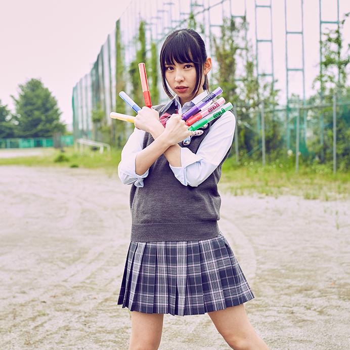 【沖口優奈エロ画像】アイドルグループでリーダーやってる谷間がエロい女の子 43