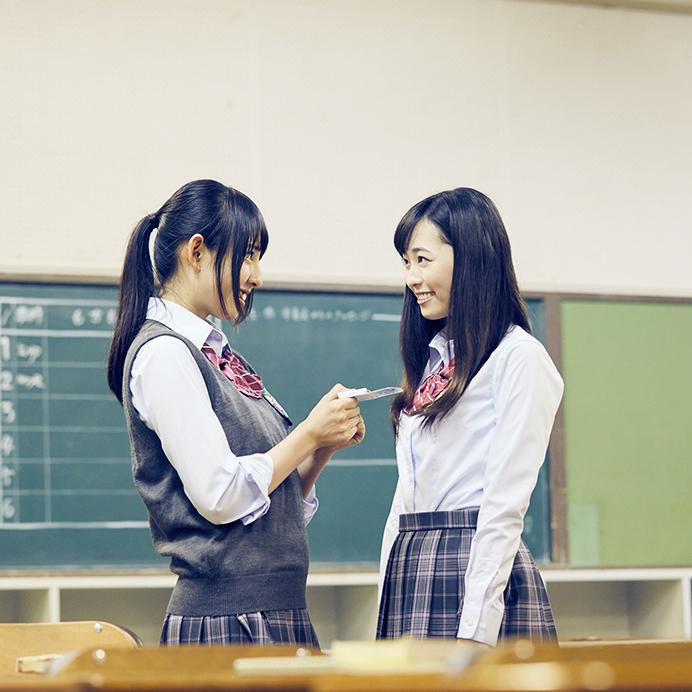 【沖口優奈エロ画像】アイドルグループでリーダーやってる谷間がエロい女の子 50
