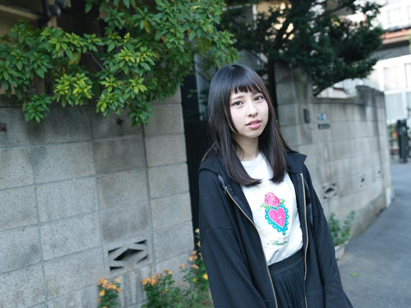 【沖口優奈エロ画像】アイドルグループでリーダーやってる谷間がエロい女の子 55