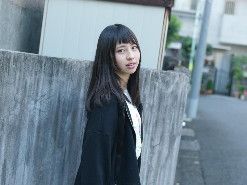 【沖口優奈エロ画像】アイドルグループでリーダーやってる谷間がエロい女の子 58