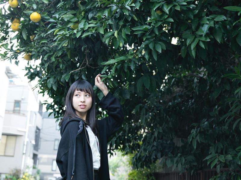 【沖口優奈エロ画像】アイドルグループでリーダーやってる谷間がエロい女の子 59