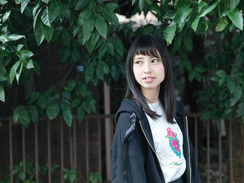 【沖口優奈エロ画像】アイドルグループでリーダーやってる谷間がエロい女の子 60