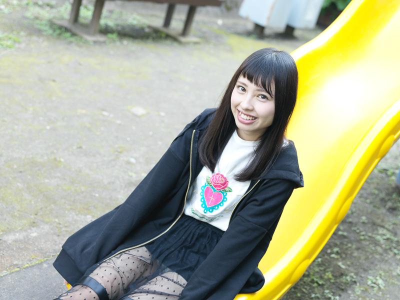 【沖口優奈エロ画像】アイドルグループでリーダーやってる谷間がエロい女の子 62