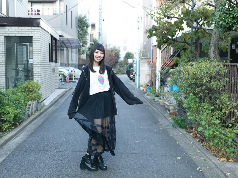 【沖口優奈エロ画像】アイドルグループでリーダーやってる谷間がエロい女の子 64