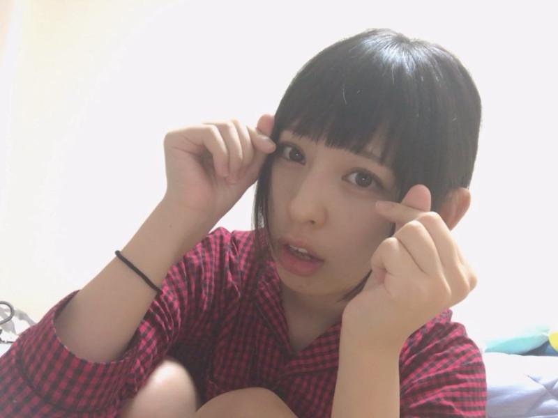 【沖口優奈エロ画像】アイドルグループでリーダーやってる谷間がエロい女の子 73