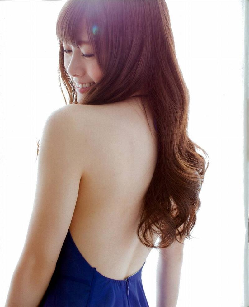 【白石麻衣グラビア画像】ファッションモデルならではの綺麗でエロい下着姿でチンコ勃ったw 36