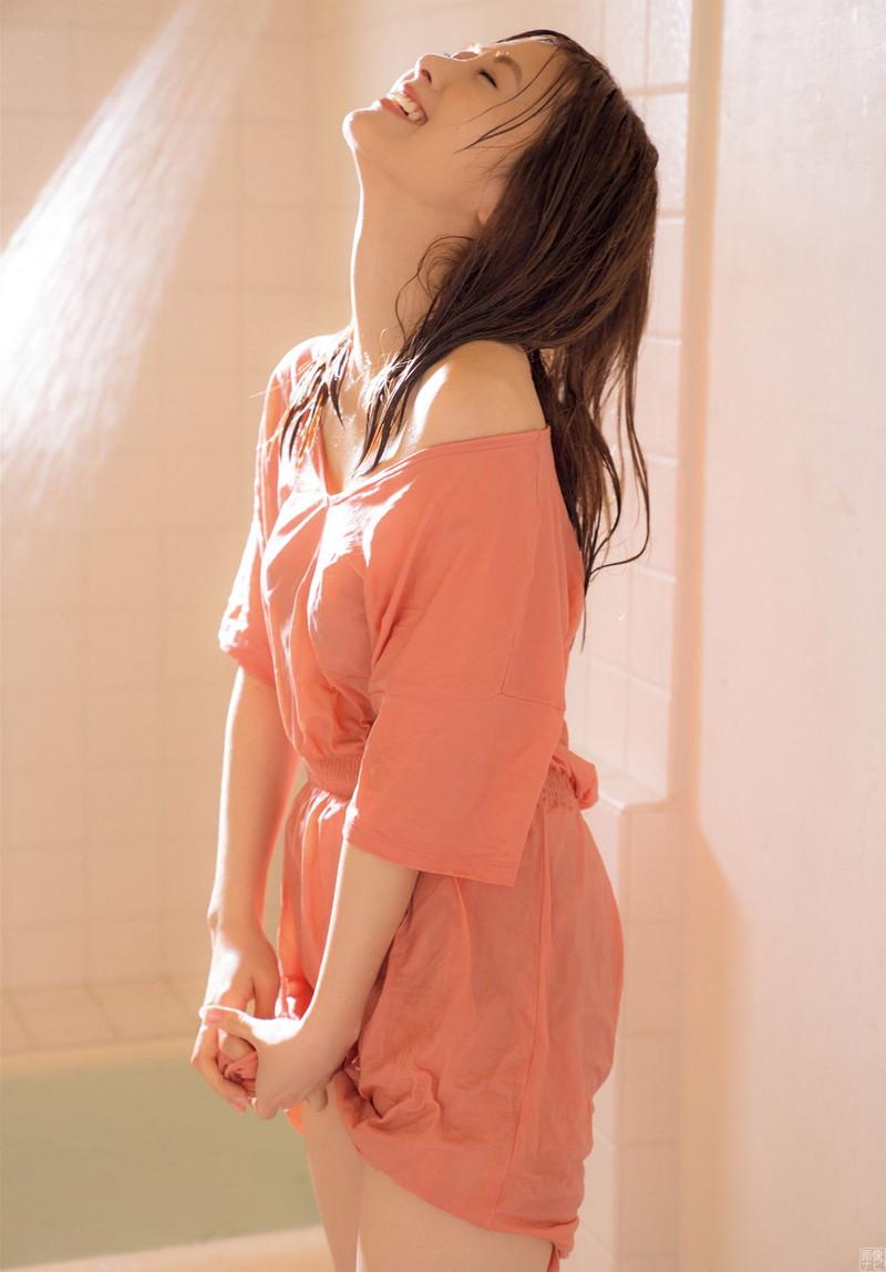 【白石麻衣グラビア画像】ファッションモデルならではの綺麗でエロい下着姿でチンコ勃ったw 76
