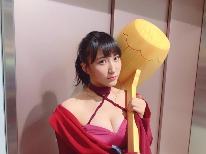 【西澤瑠莉奈エロ画像】20歳の節目でNMB48からの卒業を決めたって見切りが早いなw 19