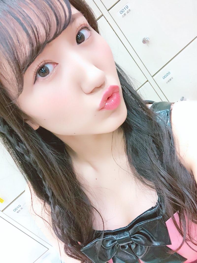 【西澤瑠莉奈エロ画像】20歳の節目でNMB48からの卒業を決めたって見切りが早いなw 49