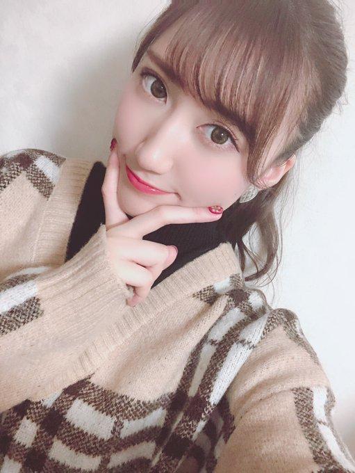 【西澤瑠莉奈エロ画像】20歳の節目でNMB48からの卒業を決めたって見切りが早いなw 74