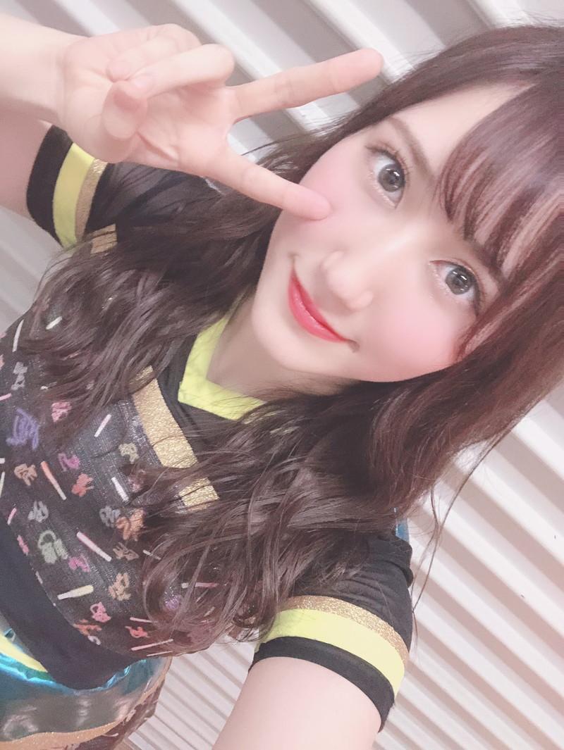 【西澤瑠莉奈エロ画像】20歳の節目でNMB48からの卒業を決めたって見切りが早いなw 77