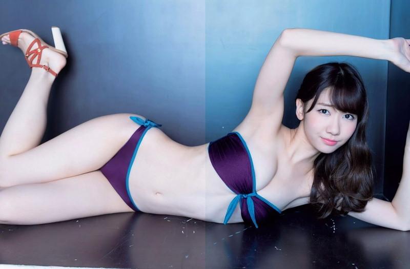 【柏木由紀グラビア画像】最年長AKB48アイドルが若かった頃のエッチなビキニ姿がこちら