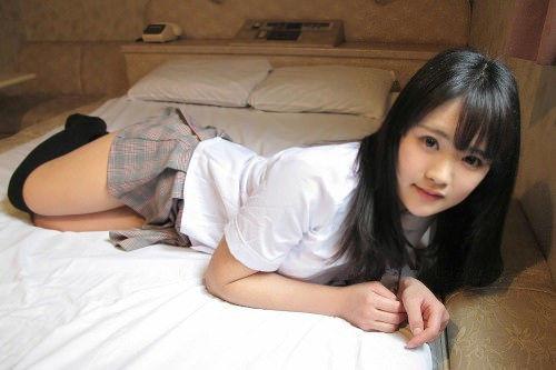 【東江ひかりグラビア画像】童顔アイドルにこんなエロい格好させちゃってチンコ勃つわwwww 15