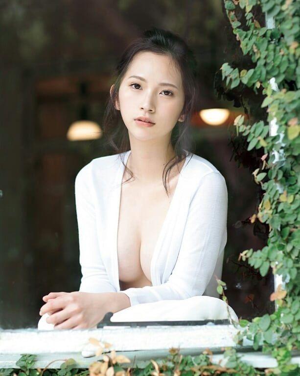 【街山みほグラビア画像】慶応大生になってもグラビアデビューに興味あるんだなぁw 08