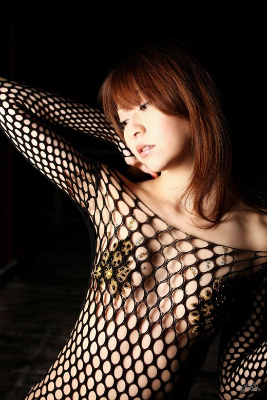 【折原みかグラビア画像】熟女タレントが「木漏れ日の妖精」と呼ばれた時代のエロ写真!? 06