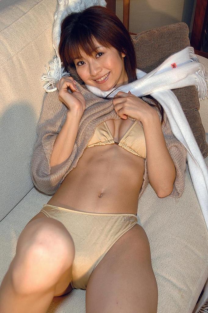 【折原みかグラビア画像】熟女タレントが「木漏れ日の妖精」と呼ばれた時代のエロ写真!? 30
