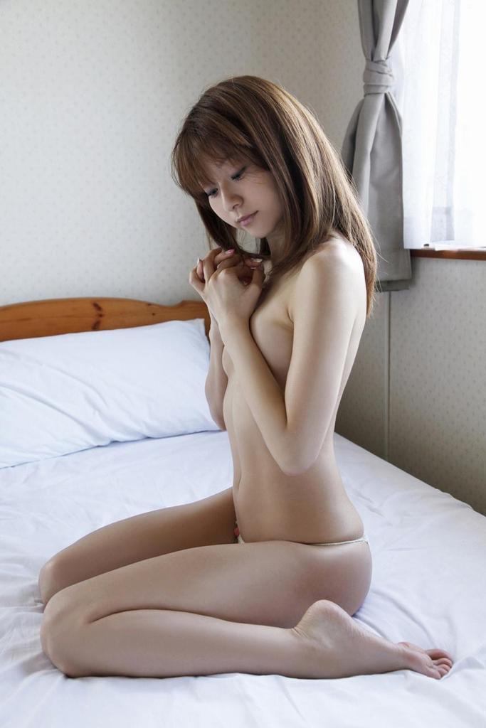 【折原みかグラビア画像】熟女タレントが「木漏れ日の妖精」と呼ばれた時代のエロ写真!? 39