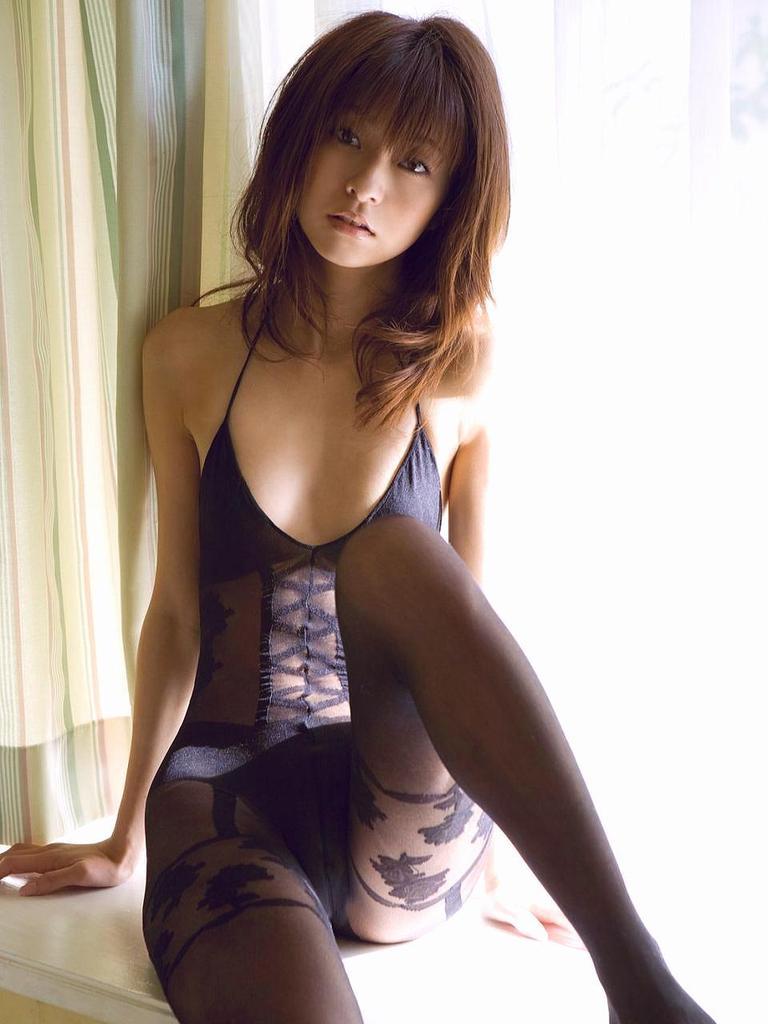 【折原みかグラビア画像】熟女タレントが「木漏れ日の妖精」と呼ばれた時代のエロ写真!? 76