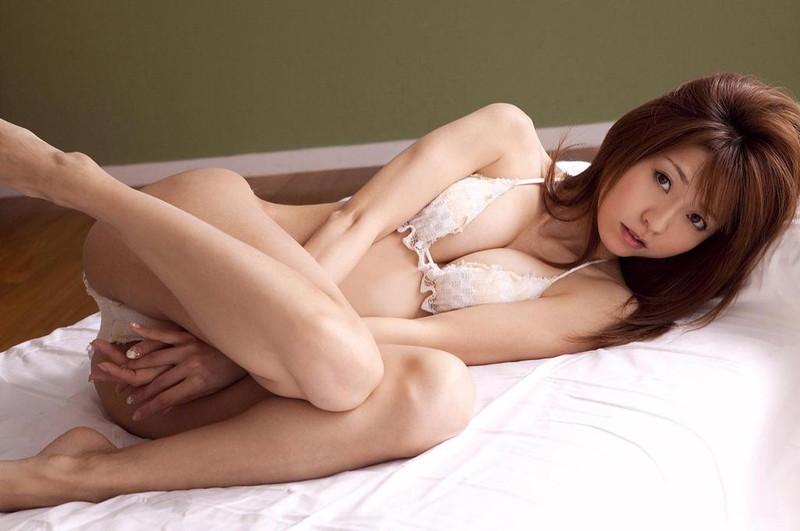 【折原みかグラビア画像】熟女タレントが「木漏れ日の妖精」と呼ばれた時代のエロ写真!? 84