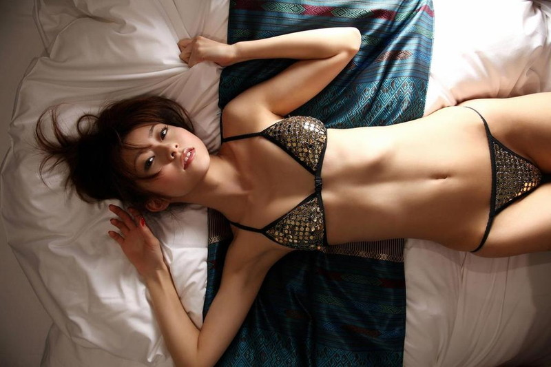 【折原みかグラビア画像】熟女タレントが「木漏れ日の妖精」と呼ばれた時代のエロ写真!? 86