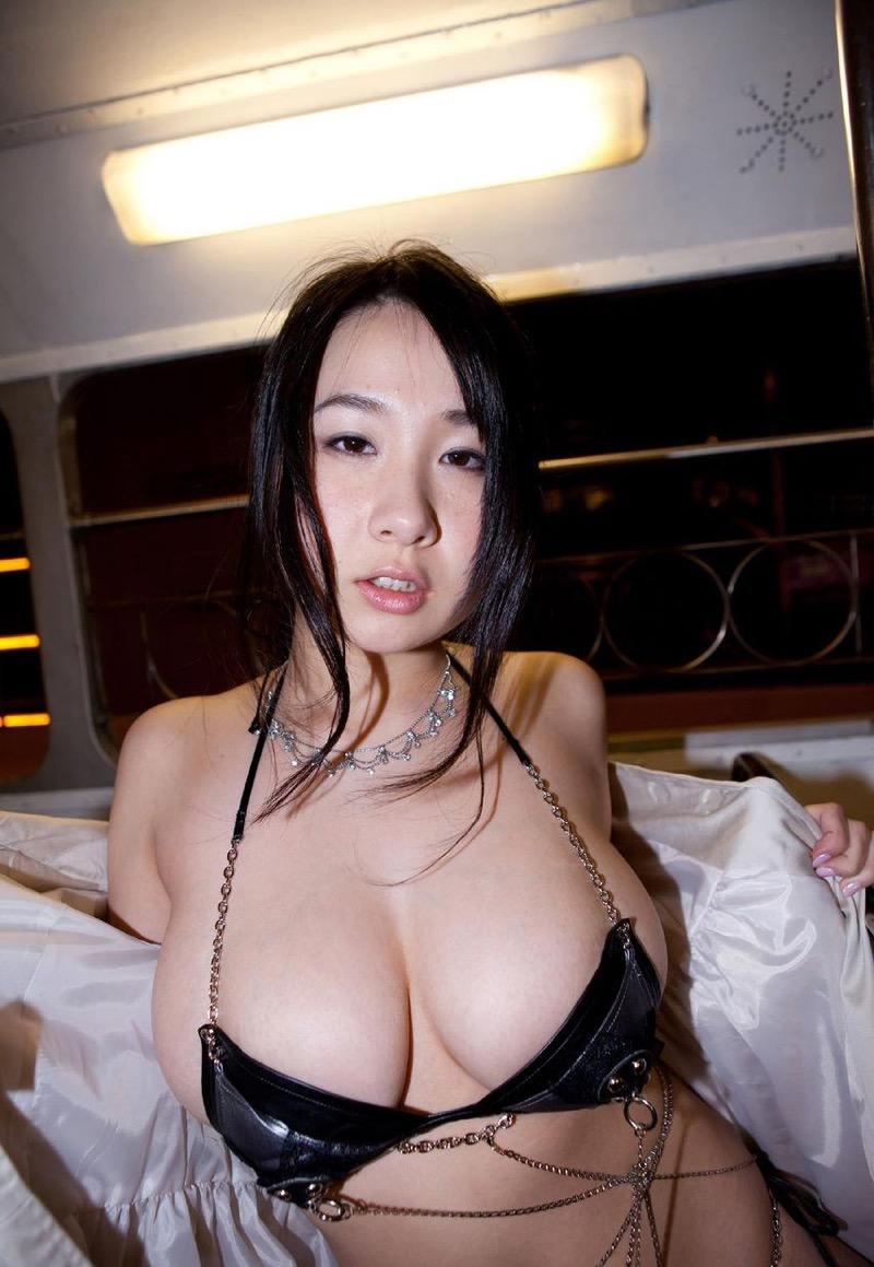 【桐山瑠衣グラビア画像】ド迫力Jカップダイナマイトボディが最凶にエロい美女 36