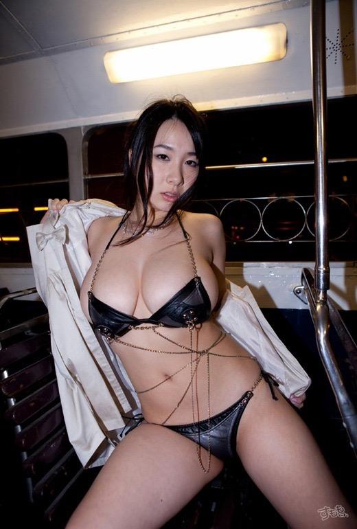 【桐山瑠衣グラビア画像】ド迫力Jカップダイナマイトボディが最凶にエロい美女 53