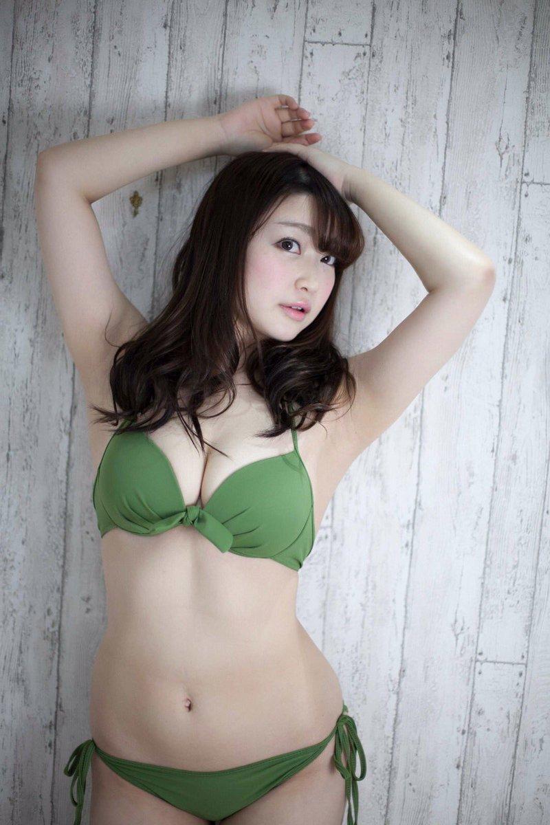【悠木ゆうかグラビア画像】綺麗なEカップ巨乳をSNSで見せつけてファン勃起しまくりwwww 28