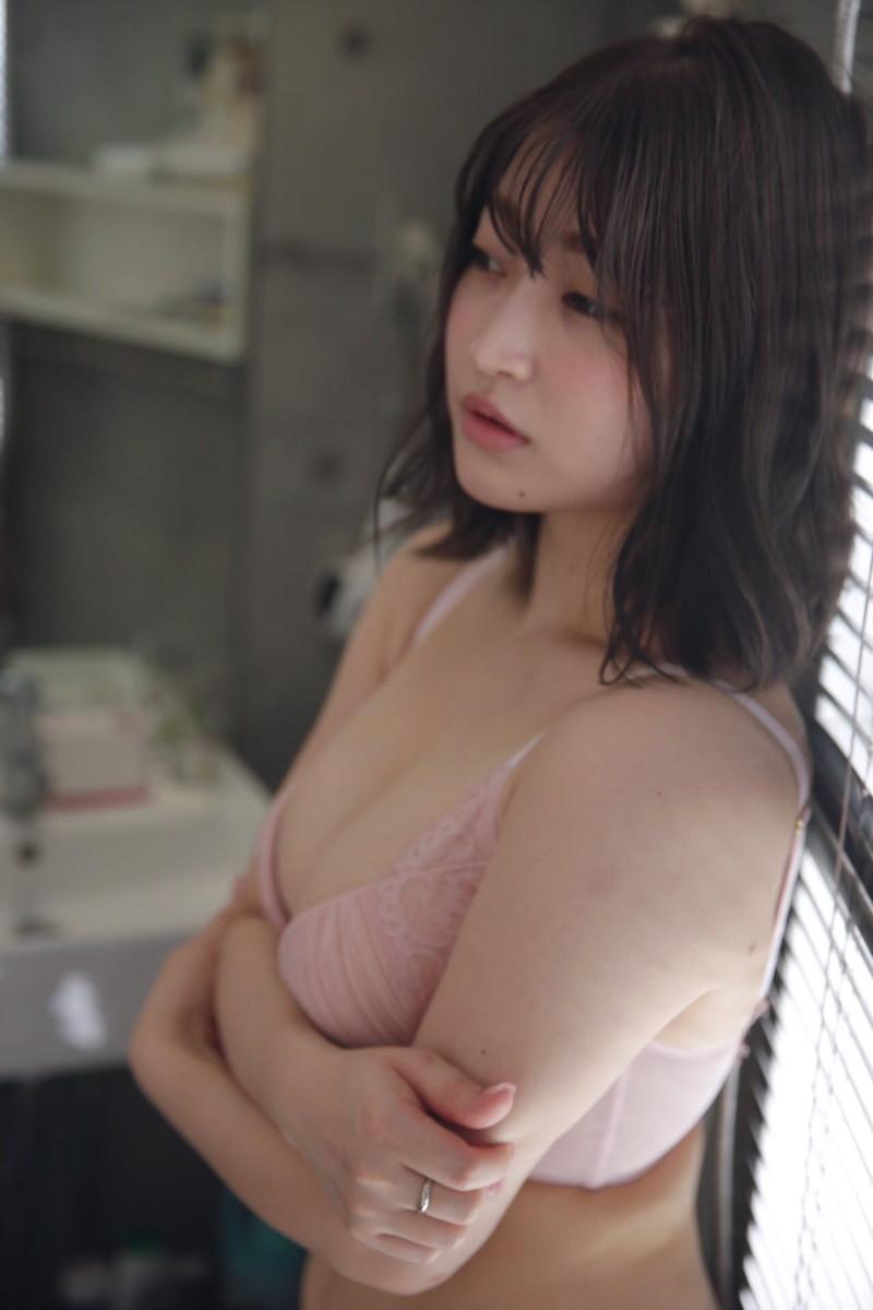 【悠木ゆうかグラビア画像】綺麗なEカップ巨乳をSNSで見せつけてファン勃起しまくりwwww 43
