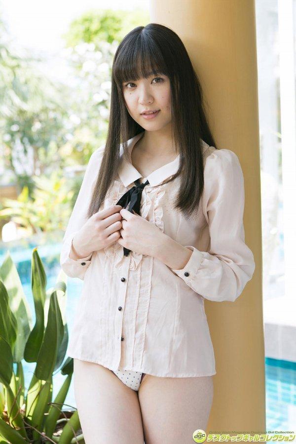 【船岡咲グラビア画像】国民的美少女出身女優がくっそエロいDVDを発売したってマ? 43