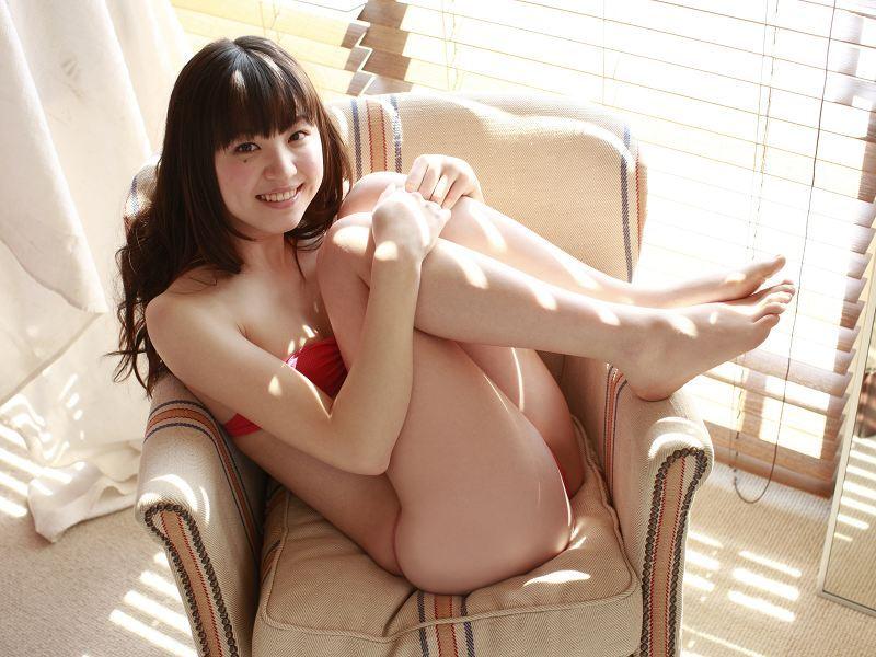 【船岡咲グラビア画像】国民的美少女出身女優がくっそエロいDVDを発売したってマ? 69