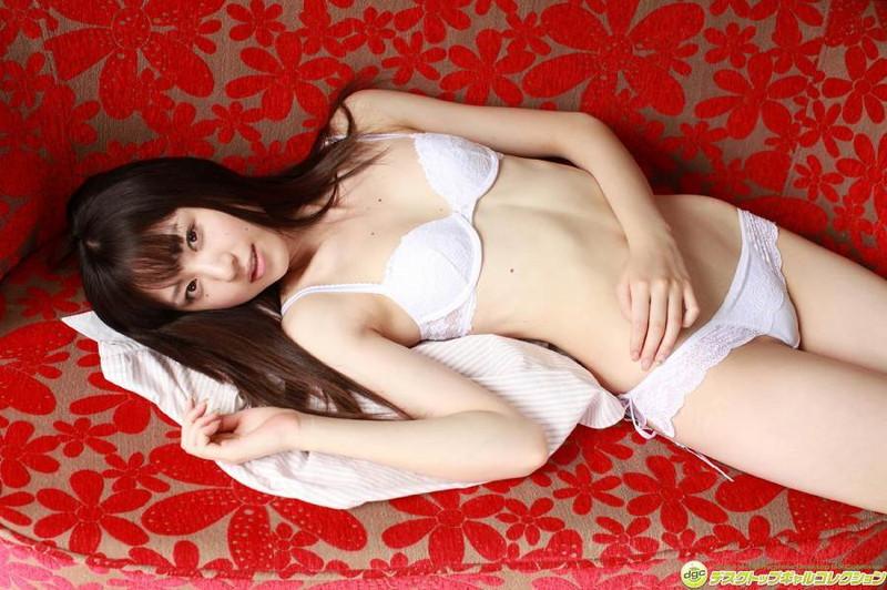 【船岡咲グラビア画像】国民的美少女出身女優がくっそエロいDVDを発売したってマ? 79