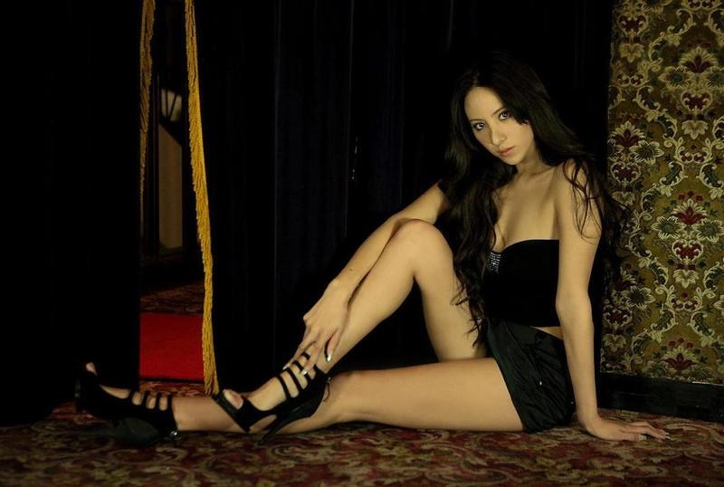 【道端姉妹エロ画像】ハーフ美人が3姉妹揃ってファッションモデルのエリートって凄いなw 42