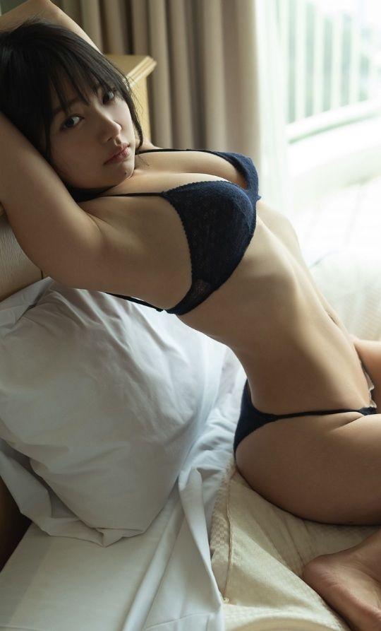 【上田操グラビア画像】俺好みのショートヘア美少女のオッパイチラ見え写真で抜くわwwww 20