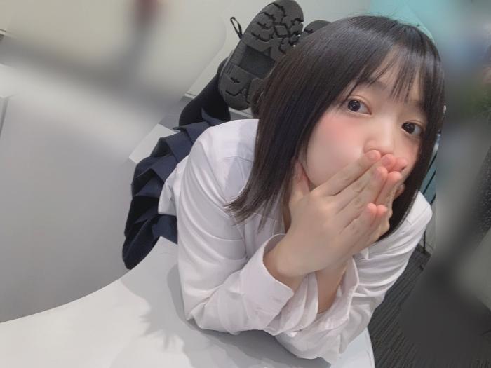 【上田操グラビア画像】俺好みのショートヘア美少女のオッパイチラ見え写真で抜くわwwww 89