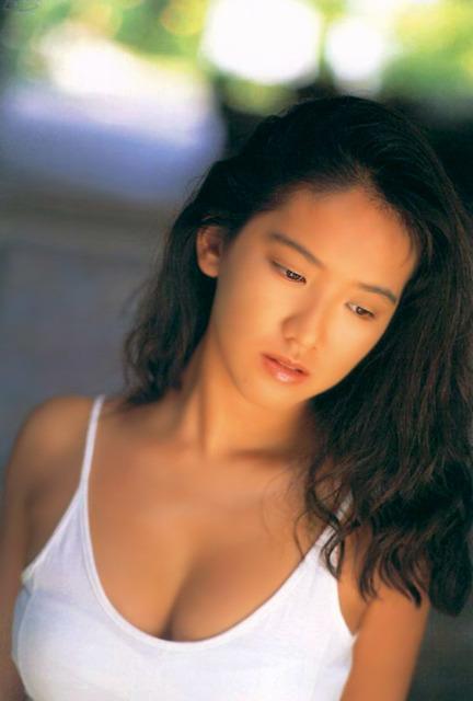 【坂木優子グラビア画像】FカップボディでハイレグTバックと男心をくすぐられるねぇ! 07