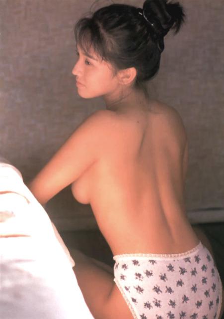 【坂木優子グラビア画像】FカップボディでハイレグTバックと男心をくすぐられるねぇ! 12