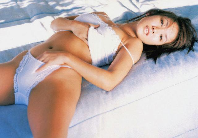 【坂木優子グラビア画像】FカップボディでハイレグTバックと男心をくすぐられるねぇ! 68