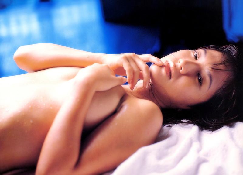 【坂木優子グラビア画像】FカップボディでハイレグTバックと男心をくすぐられるねぇ! 75
