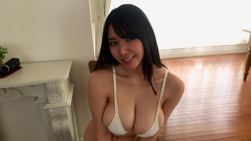【夏来唯グラビア画像】爆乳や巨尻を大人っぽい衣装でチラ見せして誘ってくる愛人系美女 76