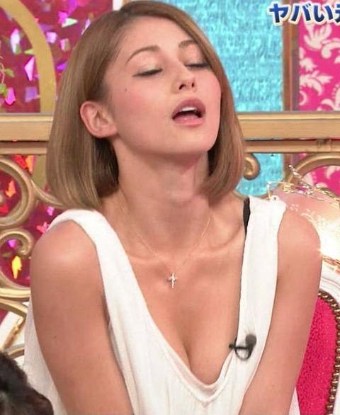 【放送事故イキ顔】セックスを妄想させる表情になっちゃったタレントw 34
