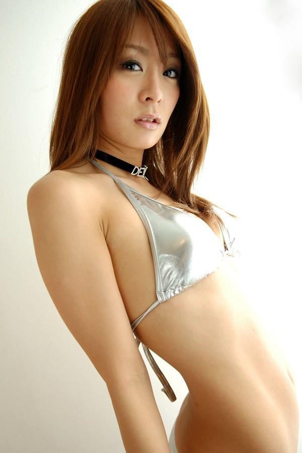 【相川友希グラビア画像】美脚でチンコを踏んで欲しいレースクイーンのスレンダーエロボディ 21