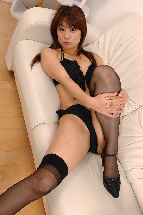 【相川友希グラビア画像】美脚でチンコを踏んで欲しいレースクイーンのスレンダーエロボディ 74